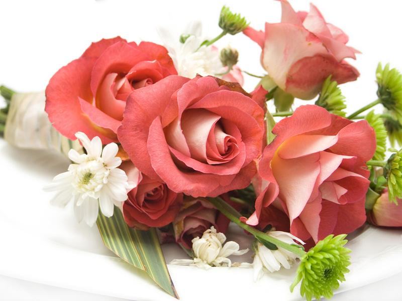 Пазл Собирать пазлы онлайн - Букет из роз