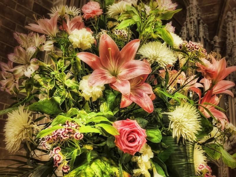 Пазл Собирать пазлы онлайн - Букет лилии розы