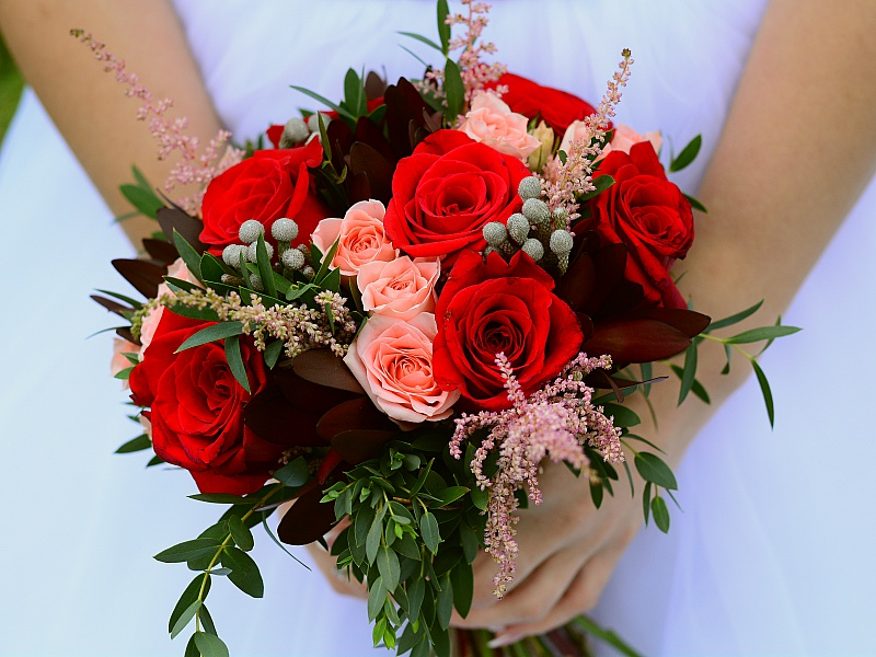 Пазл Собирать пазлы онлайн - Букет невесты