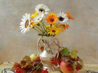 Собирать пазл Букет садовых ромашек онлайн