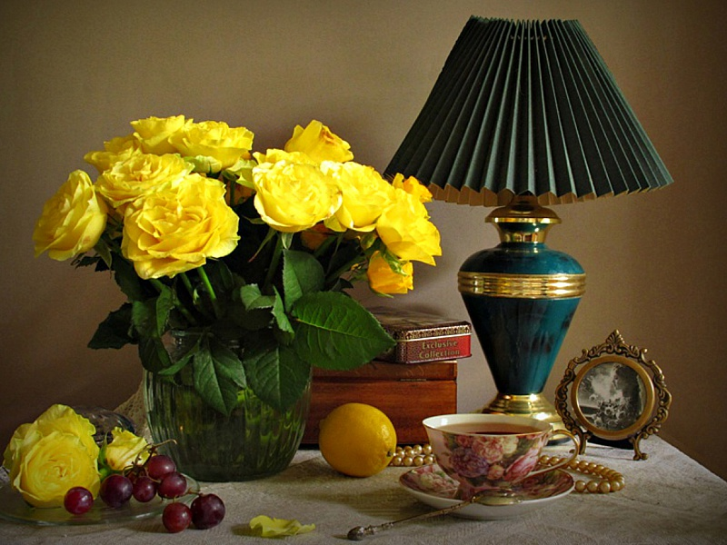 Пазл Собирать пазлы онлайн - Букет желтых роз