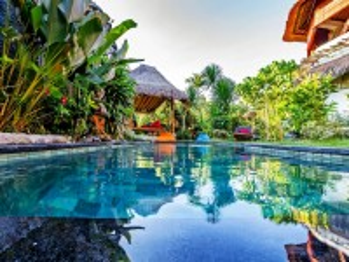 Собирать пазл Bukit Surf Villa онлайн