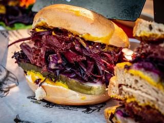Собирать пазл Бургер с овощами онлайн