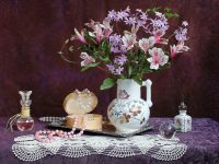 Собирать пазл Бусы и цветы онлайн