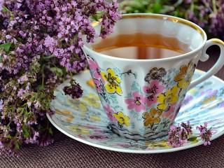 Собирать пазл Чабрец и чай онлайн