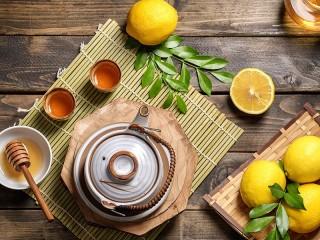 Собирать пазл Чай и лимоны онлайн
