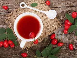 Собирать пазл Чай из шиповника онлайн
