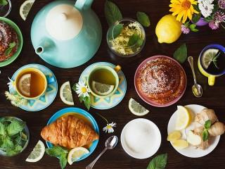 Собирать пазл Чай на двоих онлайн