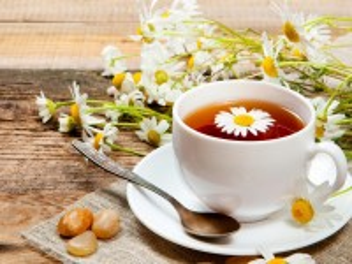 Собирать пазл Чай с ромашкой онлайн
