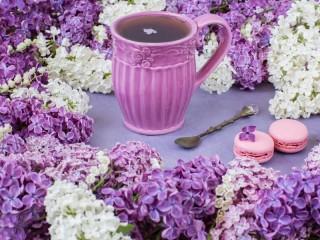 Собирать пазл Чай с сиренью онлайн