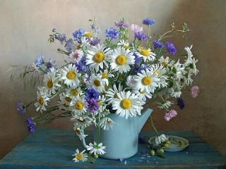 Собирать пазл Чайник с цветами онлайн