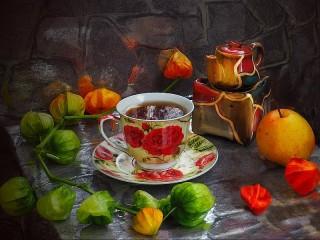 Собирать пазл Чашка чая и физалис онлайн