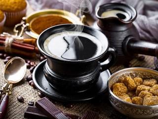 Собирать пазл Чашка горячего кофе онлайн