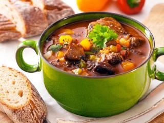 Собирать пазл Чашка с супом онлайн