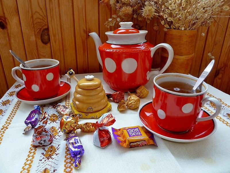 Пазл Собирать пазлы онлайн - Чай с конфетами