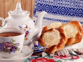 Собирать пазл Чай с ватрушками онлайн