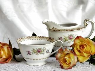 Собирать пазл Чайные розы онлайн