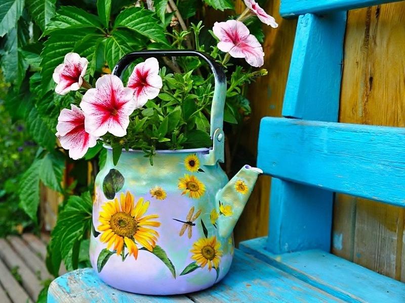 Пазл Собирать пазлы онлайн - Чайник для цветов