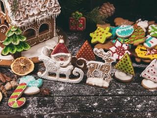 Собирать пазл Дед Мороз на санях онлайн
