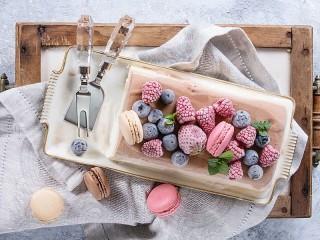 Собирать пазл Десерт для Снегурочки онлайн