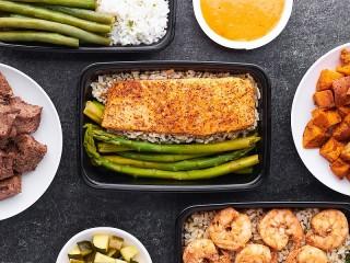 Собирать пазл Dinner онлайн