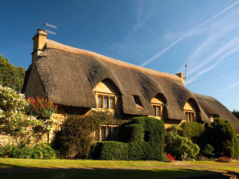 Пазл Собирать пазлы онлайн - Дом в Англии