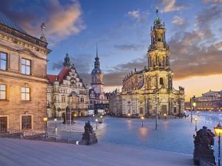 Собирать пазл Дрезден в сумерках онлайн