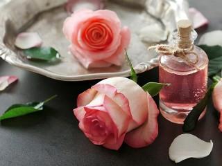 Собирать пазл Две розы онлайн