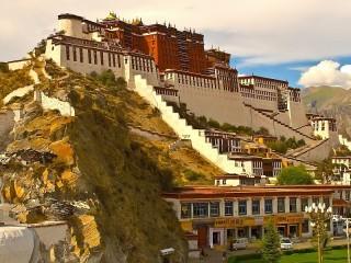 Собирать пазл Дворец в Тибете онлайн
