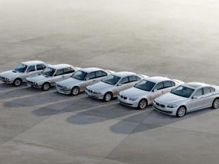 Собирать пазл Эволюция BMW онлайн