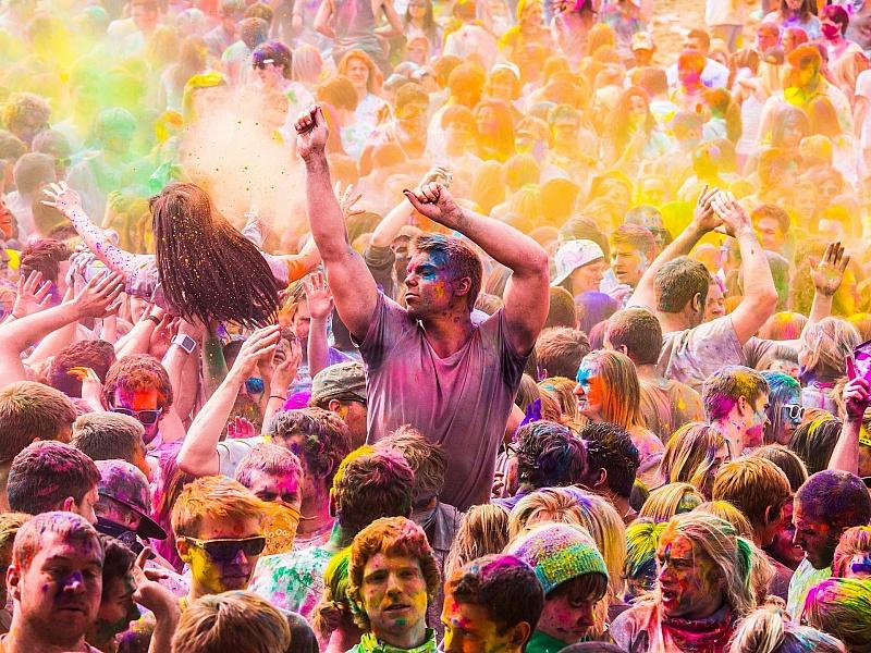 Пазл Собирать пазлы онлайн - Фестиваль красок