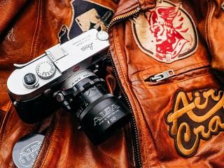 Собирать пазл Фотоаппарат Leica онлайн