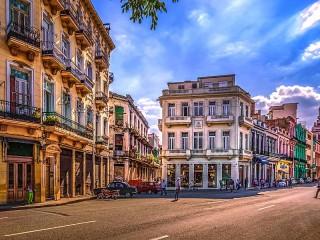Собирать пазл Гавана Куба онлайн
