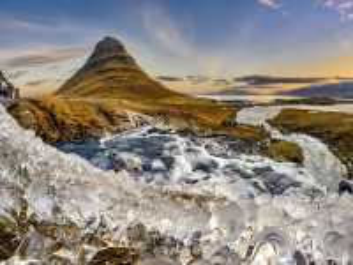 Собирать пазл Гора и лед онлайн