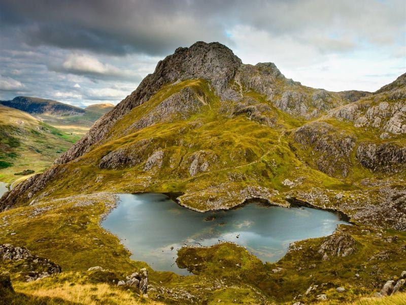 Пазл Собирать пазлы онлайн - Горы и холмы