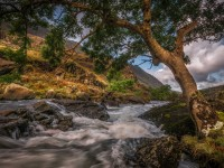 Собирать пазл Горная река онлайн