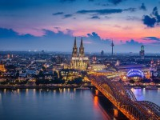 Собирать пазл Город Кёльн онлайн