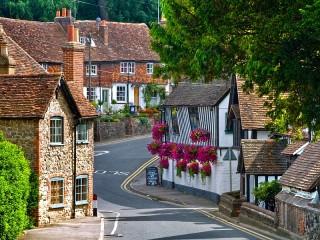 Собирать пазл Городок в Кенте онлайн