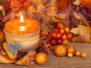 Собирать пазл Горящая свеча онлайн