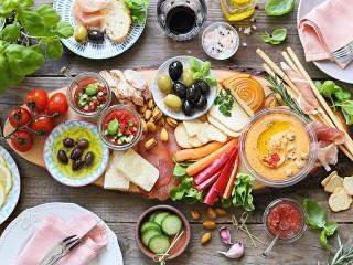 Собирать пазл Греческая кухня онлайн