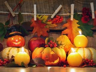 Собирать пазл Хэллоуинский декор онлайн