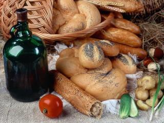 Собирать пазл Хлеб_овощи_вино онлайн