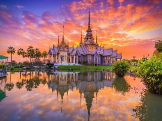 Собирать пазл Храм в Таиланде онлайн