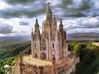 Собирать пазл Храм святого сердца онлайн