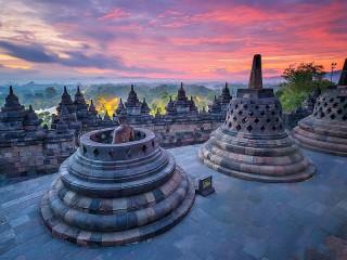 Собирать пазл Храм в Индонезии онлайн