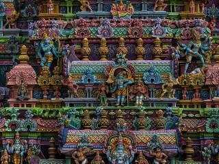 Собирать пазл Индийский храм онлайн