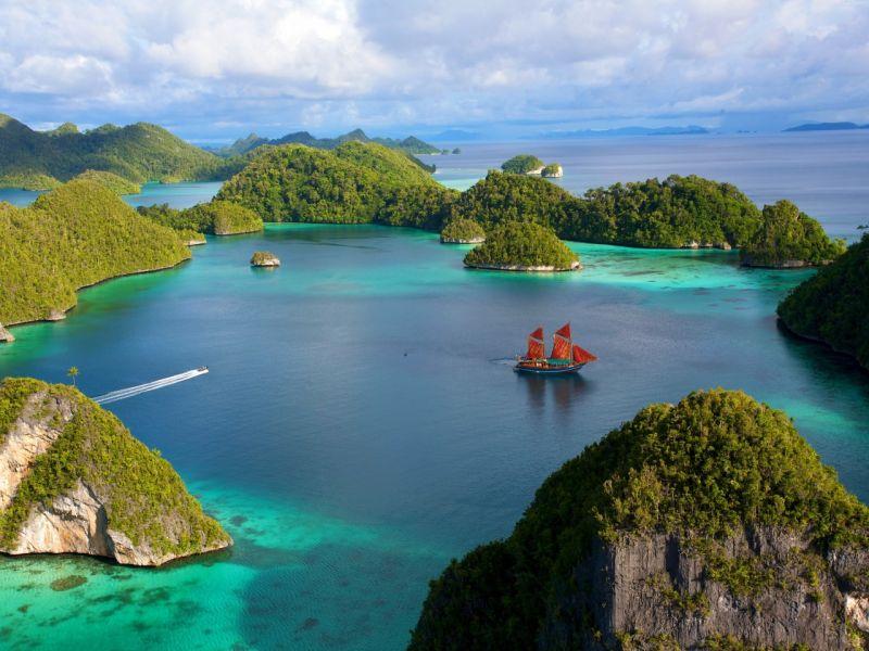 Пазл Собирать пазлы онлайн - Индонезия скалы
