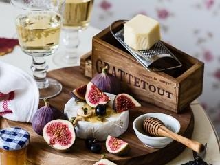 Собирать пазл Инжир и сыр онлайн