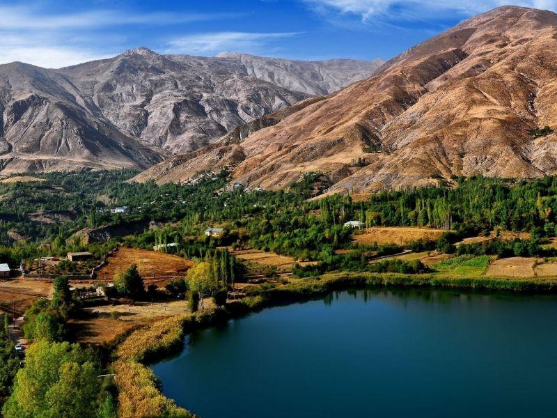 Пазл Собирать пазлы онлайн - Иран Горы Озеро