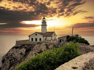Собирать пазл Испания онлайн